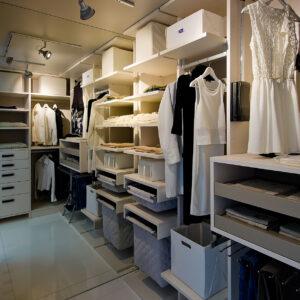 garderobne-sobe-izdelane-po-meri