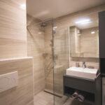 kopalnica-po-meri-izi-mobili