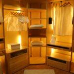 Led osvetlitev v garderobni sobi