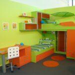 Oranzno zelena otroska soba