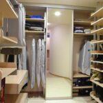 Po meri narejena garderobna soba